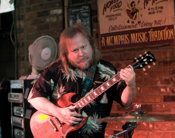 Tim At Rum Boogie Cafe Memphis TN May 7th 2010 Photo by Arnie Goodman